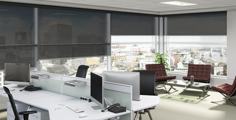 Commercial Roller blind with screen fabric