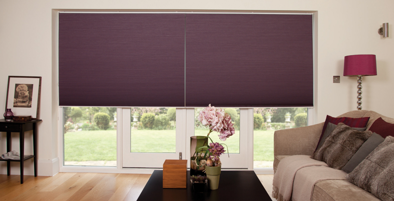 Freehanging Duette blind